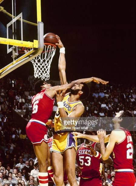 NBA Finals Los Angeles Lakers Kareem AbdulJabbar in action dunk vs Philadelphia 76ers Julius Erving Game 5 Inglewood CA 5/14/1980 CREDIT Peter Read...