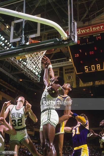 NBA Finals Los Angeles Lakers Lakers Kareem AbdulJabbar in action vs Boston Celtics Robert Parish at Boston Garden Game 5 Boston MA CREDIT Jerry...