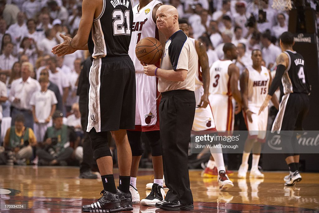 Referee Joe Crawford during Miami Heat vs San Antonio Spurs game at American Airlines Arena. Game 2. John W. McDonough F51 )