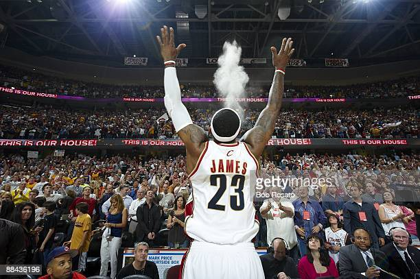 NBA Playoffs Cleveland Cavaliers LeBron James tossing talcum powder in air before game vs Orlando Magic Game 5 Cleveland OH 5/28/2009 CREDIT Bob...