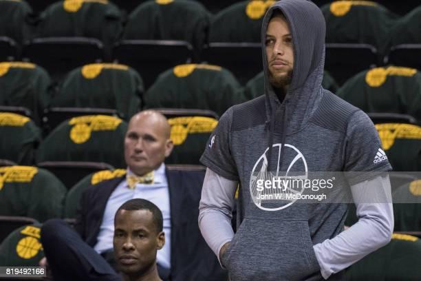 NBA Playoffs Golden State Warriors Stephen Curry warming up before game vs Utah Jazz at Vivint Smart Home Arena Game 3 Salt Lake City UT CREDIT John...