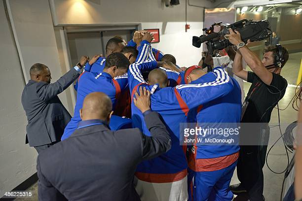 NBA Playoffs Los Angeles Clippers players in huddle in tunnel before Game 1 vs Golden State Warriors at Staples Center Los Angeles CA CREDIT John W...