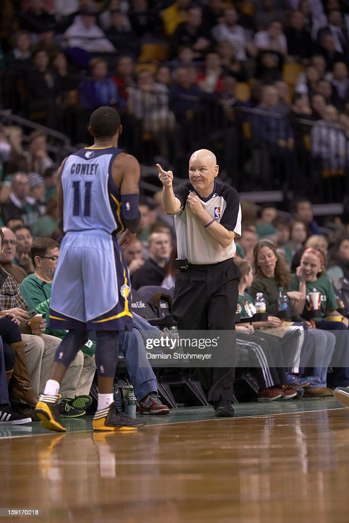 NBA referee Joe Crawford making call during Boston Celtics vs Memphis Grizzlies game at TD Garden. Damian Strohmeyer F34 )