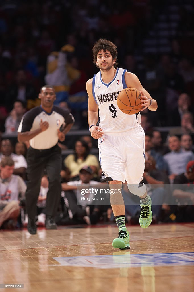 Minnesota Timberwolves Ricky Rubio (9) in action during All-Star Weekend at Toyota Center. Greg Nelson F26 )