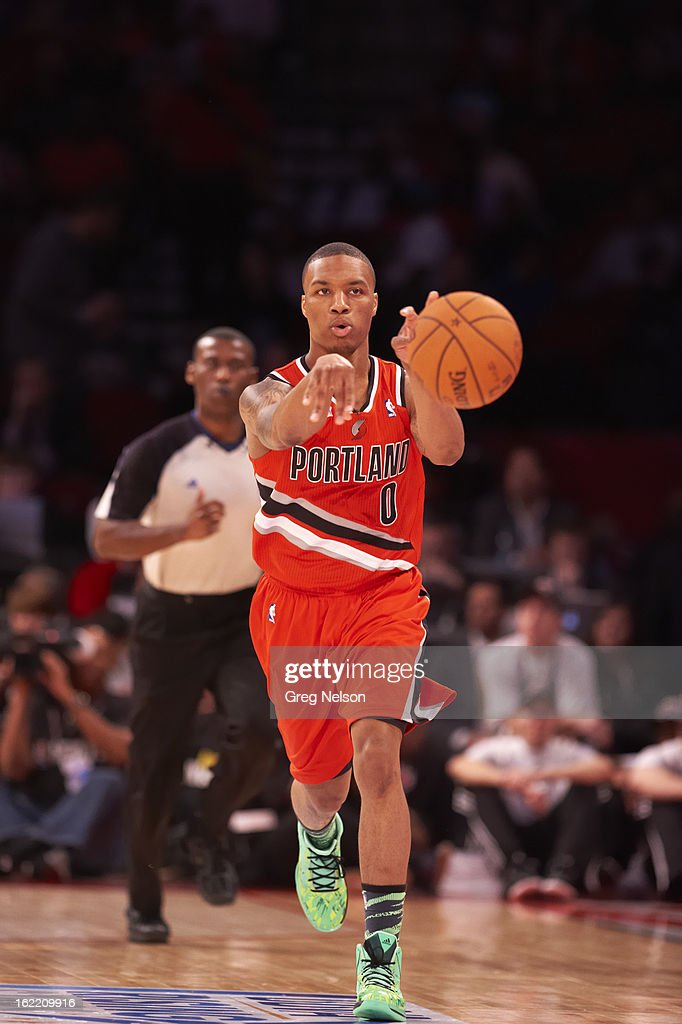 Portland Trail Blazers Damian Lillard (0) in action during All-Star Weekend at Toyota Center. Greg Nelson F113 )