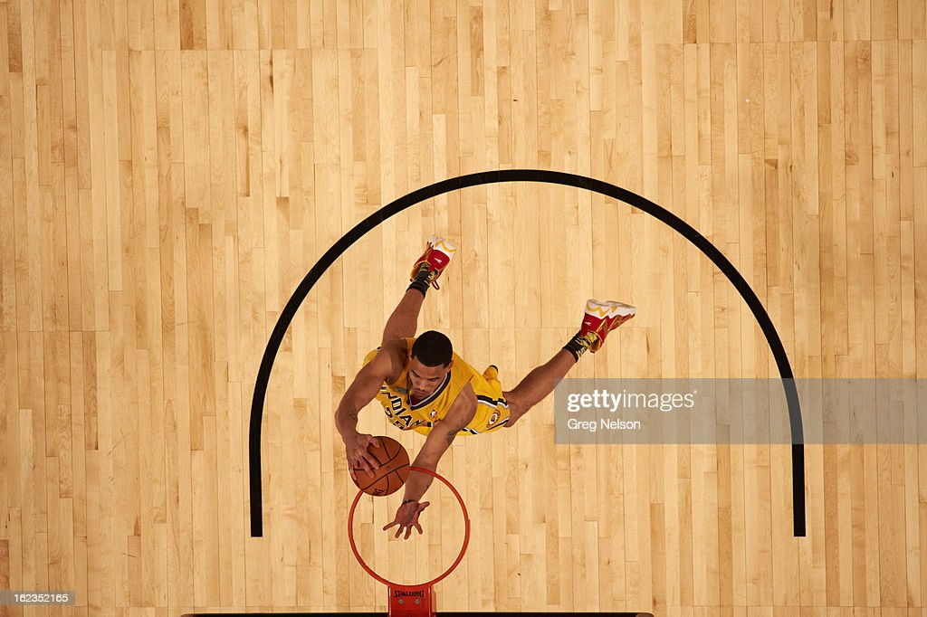 Aerial view of Indiana Pacers Gerald Green (25) in action, dunk during All-Star Weekend at Toyota Center. Greg Nelson F88 )