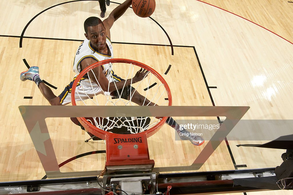 Aerial view of Utah Jazz Jeremy Evans (40) in action, dunk during All-Star Weekend at Toyota Center. Greg Nelson F18 )