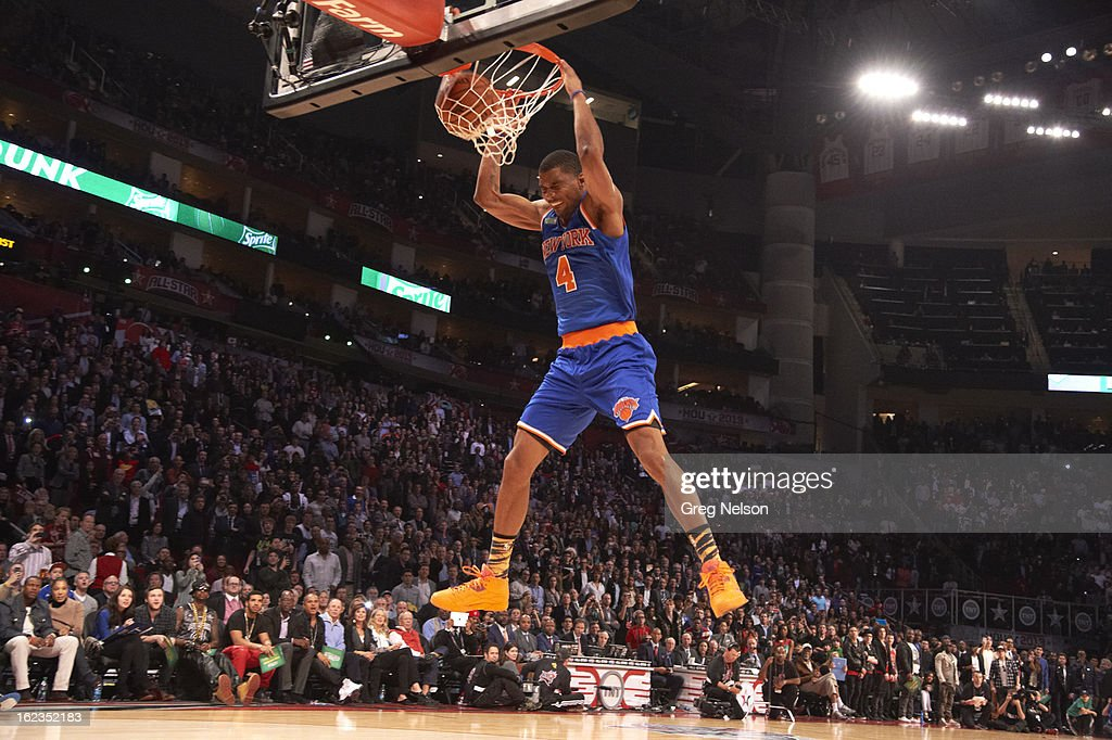 New York Knicks James White (4) in action, dunk during All-Star Weekend at Toyota Center. Greg Nelson F38 )