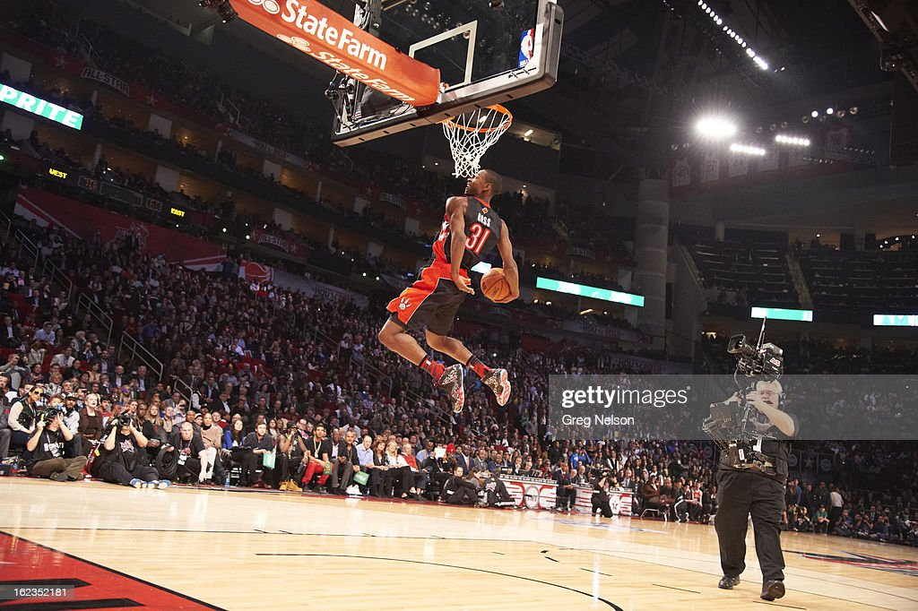 Toronto Raptors Terrence Ross (31) in action, dunk during All-Star Weekend at Toyota Center. Greg Nelson F46 )