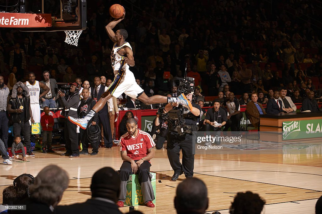 Utah Jazz Jeremy Evans (40) in action, dunk during All-Star Weekend at Toyota Center. Greg Nelson F22 )