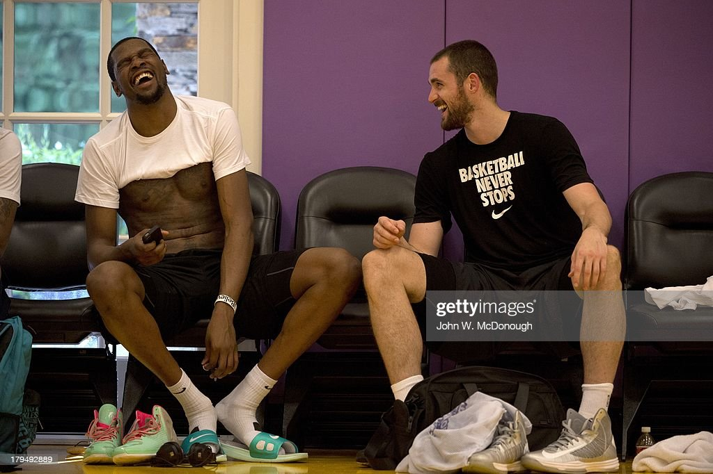 Oklahoma City Thunder Kevin Durant (L) and Minnesota Timberwolves Kevin Love after practice session at Toyota Sports Center. Behind the Scenes with professional basketball trainer Rob McClanaghan. John W. McDonough F369 )