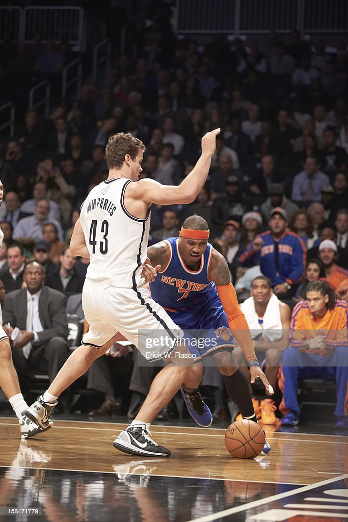 New York Knicks Carmelo Anthony (7) in action vs Brooklyn Nets Kris Humphries (43) at Barclays Center. Erick W. Rasco F235 )