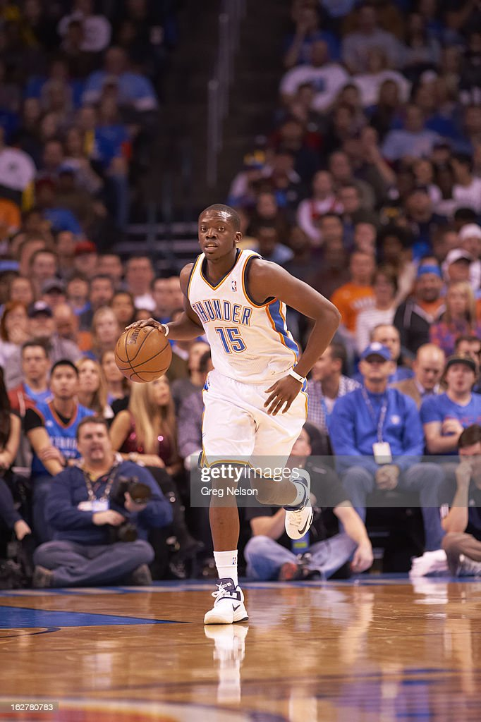 Oklahoma City Thunder Reggie Jackson (15) in action vs Chicago Bulls at Chesapeake Energy Arena. Greg Nelson F106 )