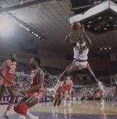 Basketball Phoenix Suns Walter Davis in action taking shot vs Atlanta Hawks Phoenix AZ 2/9/1978