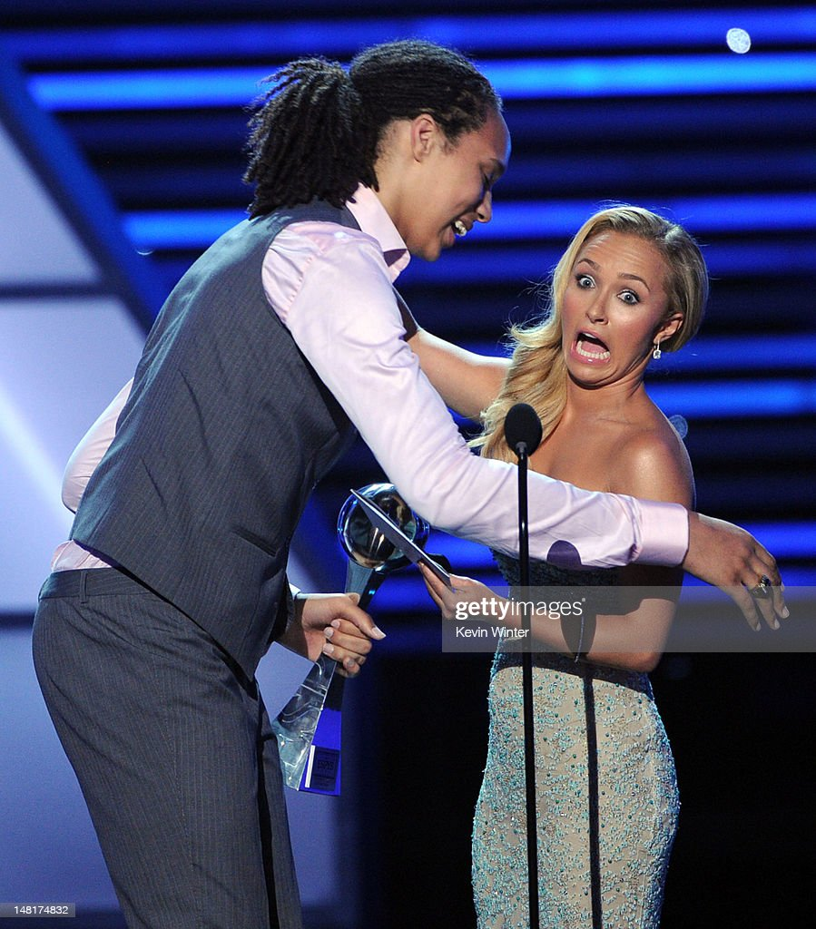 Basketball player Brittney Griner accepts the Best Female Athlete award from actress Hayden Panettiere onstage during the 2012 ESPY Awards at Nokia...