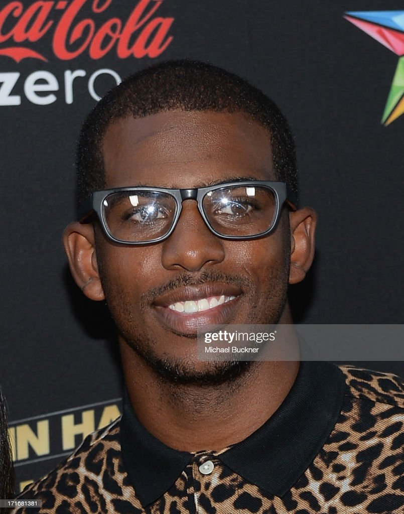 Basketball Player <a gi-track='captionPersonalityLinkClicked' href=/galleries/search?phrase=Chris+Paul&family=editorial&specificpeople=212762 ng-click='$event.stopPropagation()'>Chris Paul</a> arrives at the premiere of Summit Entertainment and Code Black Film's 'Kevin Hart: Let Me Explain' at Regal Cinemas L.A. Live on June 27, 2013 in Los Angeles, California.