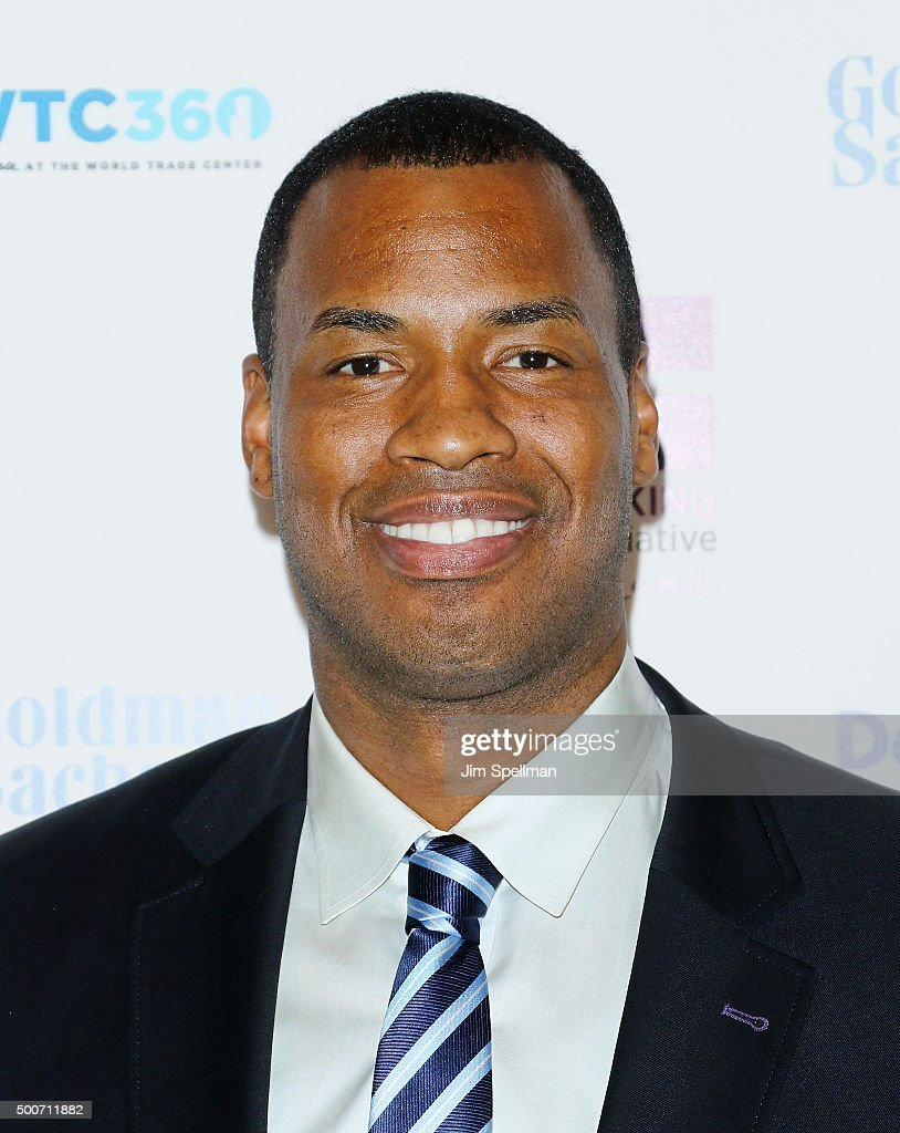 Basketball player <b>Jason Collins</b> attends the 2015 Billie Jean King Leadership ... - basketball-player-jason-collins-attends-the-2015-billie-jean-king-picture-id500711882