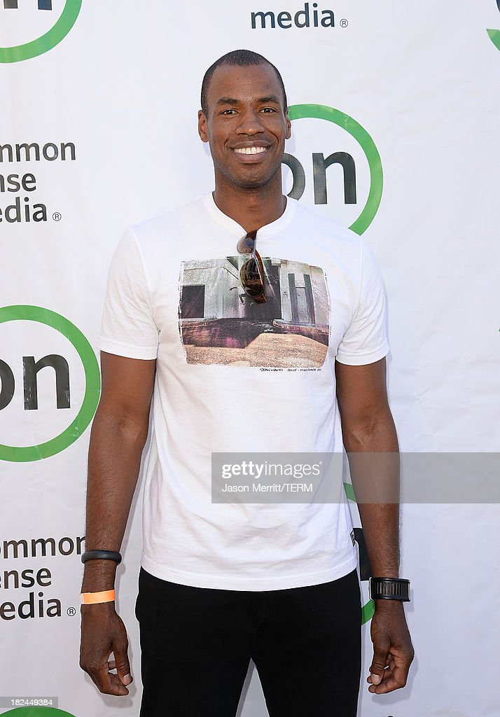 Basketball player <a gi-track='captionPersonalityLinkClicked' href=/galleries/search?phrase=Jason+Collins+-+Basketball+Player&family=editorial&specificpeople=201926 ng-click='$event.stopPropagation()'>Jason Collins</a> attends the 2nd Annual GameOn! fundraiser hosted by Common Sense Media at Sony Pictures Studios on September 29, 2013 in Culver City, California.