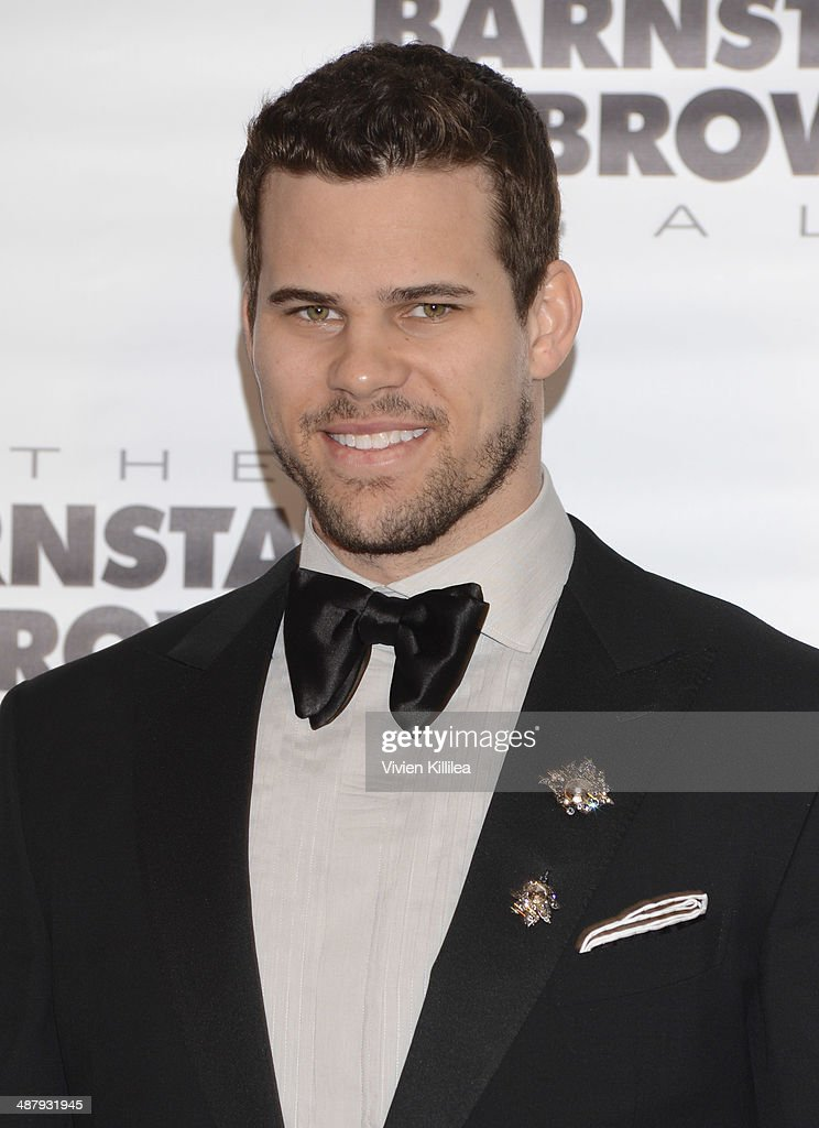 Basketball player Kris Humphries attends the Barnstable Brown Kentucky Derby Eve Gala at Barnstable Brown House on May 2, 2014 in Louisville, Kentucky.