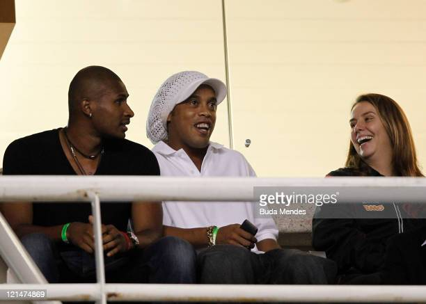 Basketball player Leandrinho and soccer player of Flamengo Ronaldinho during a match between Flamengo and Atletico GO at Engenhao stadium on August...