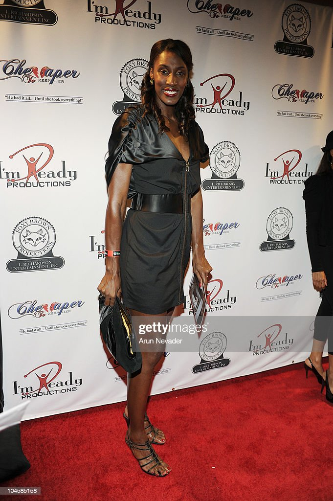 Basketball player Lisa Leslie appears at the <a gi-track='captionPersonalityLinkClicked' href=/galleries/search?phrase=Vivica+A.+Fox&family=editorial&specificpeople=201901 ng-click='$event.stopPropagation()'>Vivica A. Fox</a> & Brian McKnight Performance of 'Cheaper To Keep Her' At The Wiltern Theatre on September 30, 2010 in Los Angeles, California.
