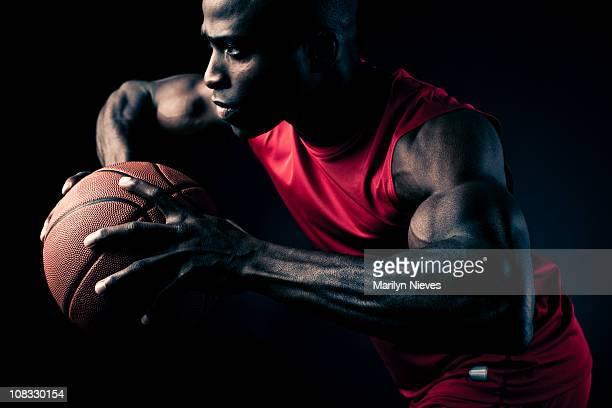 Giocatore di basket di un trasferimento