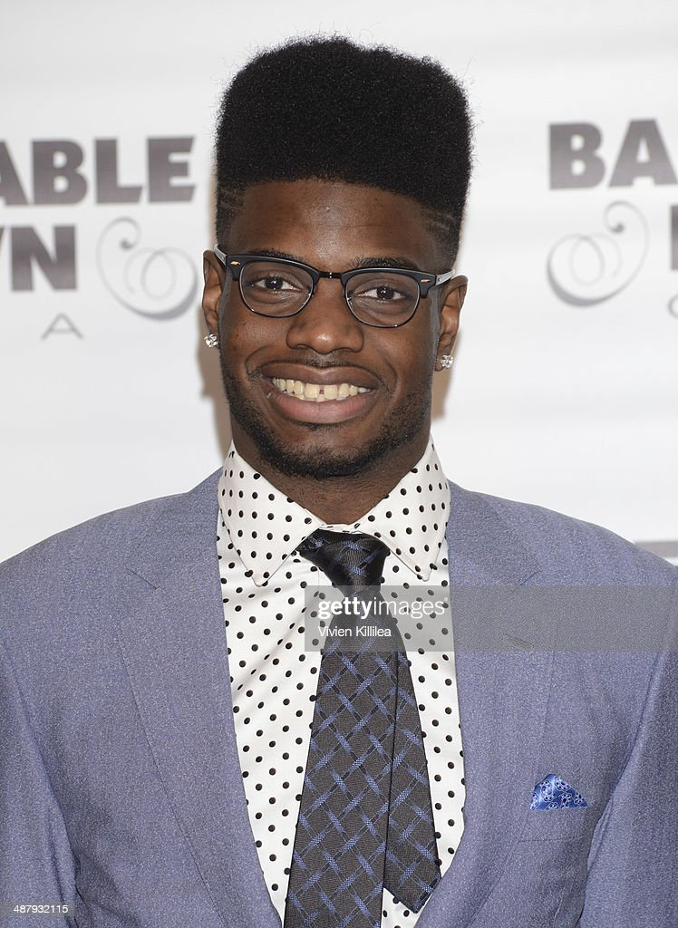 Basketball player <a gi-track='captionPersonalityLinkClicked' href=/galleries/search?phrase=Nerlens+Noel&family=editorial&specificpeople=7880842 ng-click='$event.stopPropagation()'>Nerlens Noel</a> attends the Barnstable Brown Kentucky Derby Eve Gala at Barnstable Brown House on May 2, 2014 in Louisville, Kentucky.