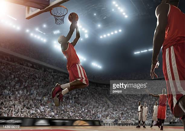 Basketball Spieler während des Spiels Bewertungen