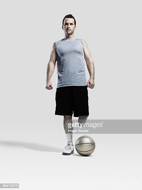 Basketball player with amputated leg
