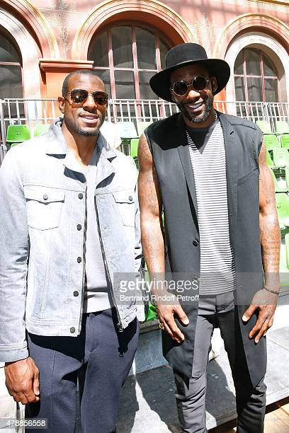 Basketball players Andre Iguodala and Amar'e Stoudemire attend the Lanvin Menswear Spring/Summer 2016 show as part of Paris Fashion Week Held at...