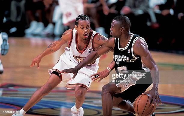 San Antonio Spurs Avery Johnson in action vs Philadelphia 76ers Allen Iverson at First Union Center Philadelphia PA CREDIT Al Tielemans