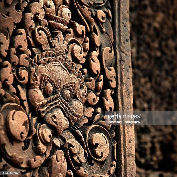 Bas-relief in Banteay Srei