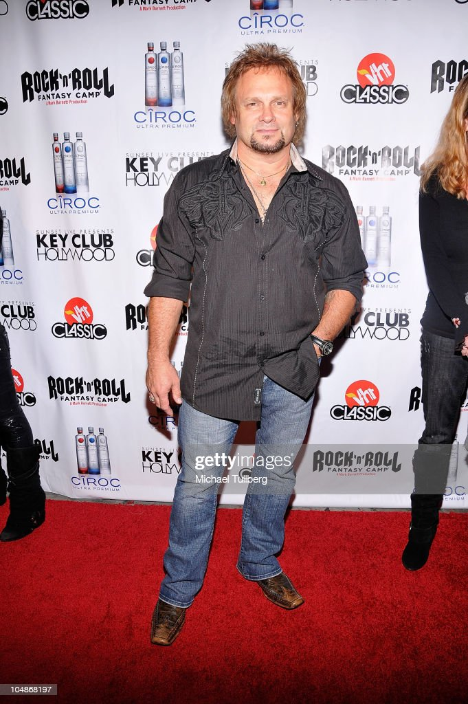 Bassist <a gi-track='captionPersonalityLinkClicked' href=/galleries/search?phrase=Michael+Anthony&family=editorial&specificpeople=790579 ng-click='$event.stopPropagation()'>Michael Anthony</a> arrives at the premiere party for VH1 Classic's 'Rock 'N' Roll Fantasy Camp' TV show on October 5, 2010 in Los Angeles, California.