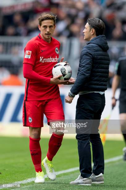 Bastian Oczipka of Frankfurt and Head coach Niko Kovac of Frankfurt looks on during the Bundesliga match between Borussia Dortmund and Eintracht...