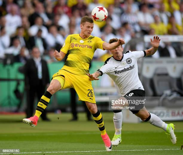 Bastian Oczipka of Frankfurt challenges Lukasz Piszczek of Dortmund during the DFB Cup Final 2017 between Eintracht Frankfurt and Borussia Dortmund...