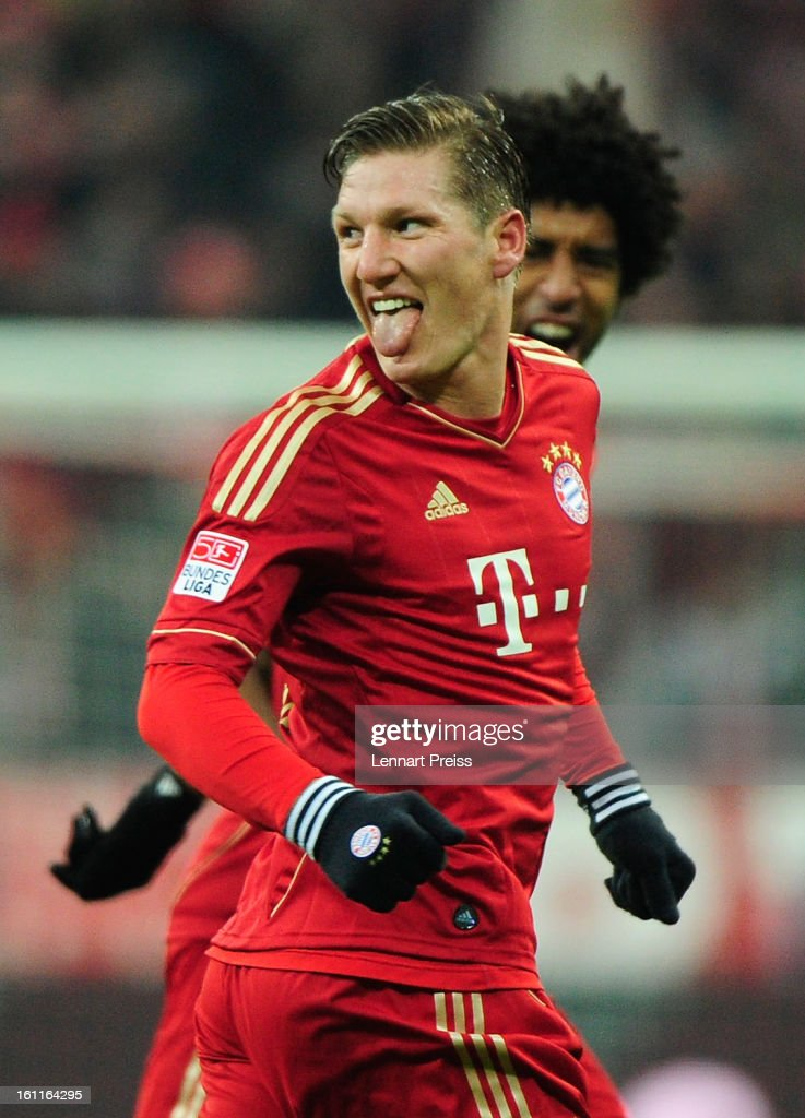 <a gi-track='captionPersonalityLinkClicked' href=/galleries/search?phrase=Bastian+Schweinsteiger&family=editorial&specificpeople=203122 ng-click='$event.stopPropagation()'>Bastian Schweinsteiger</a> (L) and Dante of Muenchen celebrate a goal during the Bundesliga match between FC Bayern Muenchen and FC Schalke 04 at Allianz Arena on February 9, 2013 in Munich, Germany.