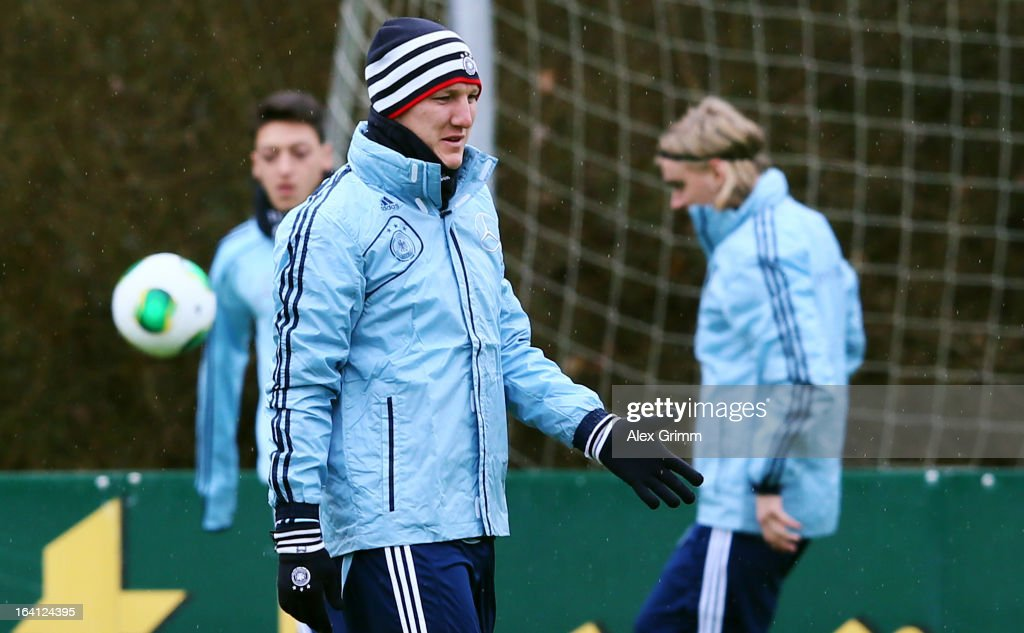 <a gi-track='captionPersonalityLinkClicked' href=/galleries/search?phrase=Bastian+Schweinsteiger&family=editorial&specificpeople=203122 ng-click='$event.stopPropagation()'>Bastian Schweinsteiger</a> attends a Germany training session at 'Kleine Kampfbahn' training ground on March 20, 2013 in Frankfurt am Main, Germany.