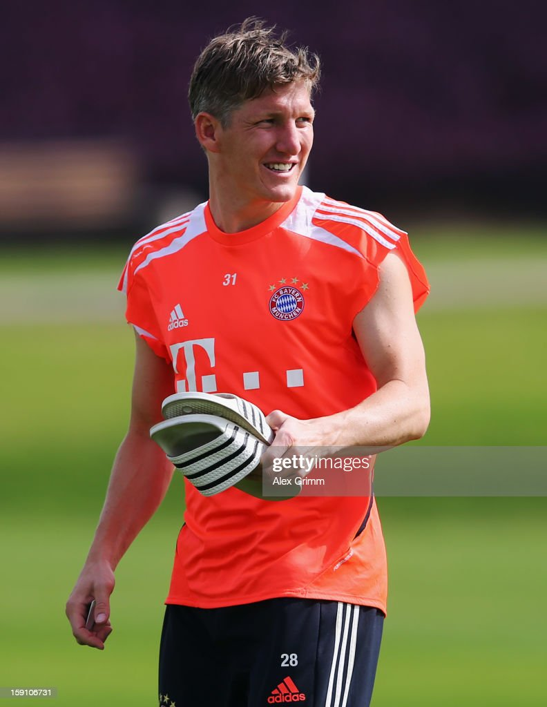 <a gi-track='captionPersonalityLinkClicked' href=/galleries/search?phrase=Bastian+Schweinsteiger&family=editorial&specificpeople=203122 ng-click='$event.stopPropagation()'>Bastian Schweinsteiger</a> looks after a Bayern Muenchen training session at the ASPIRE Academy for Sports Excellence on January 8, 2013 in Doha, Qatar.
