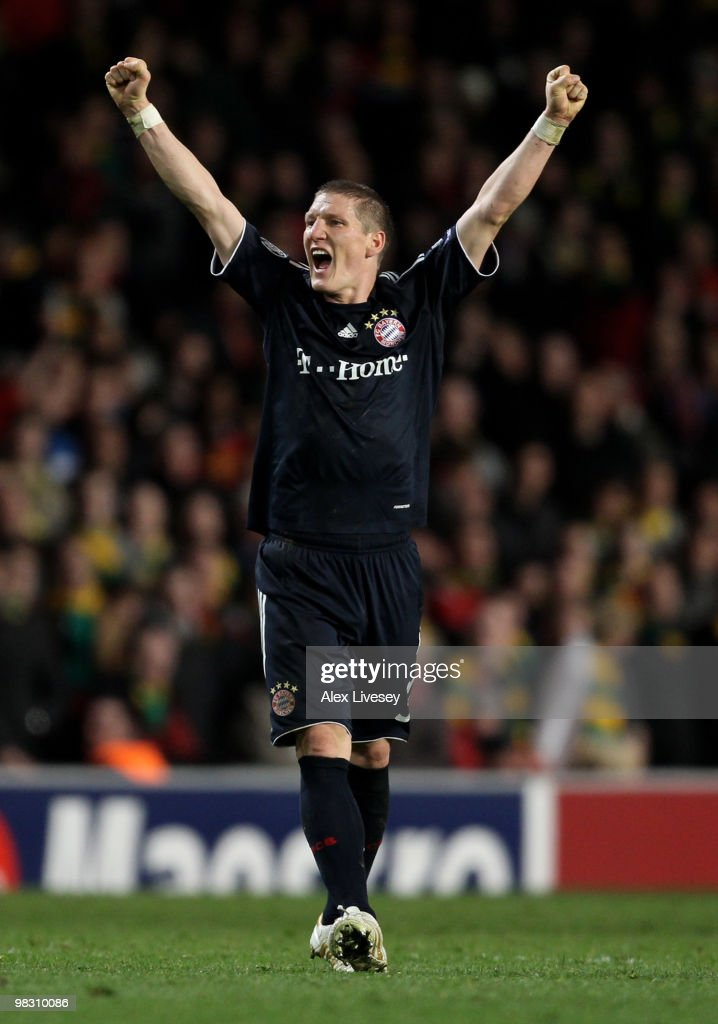 <a gi-track='captionPersonalityLinkClicked' href=/galleries/search?phrase=Bastian+Schweinsteiger&family=editorial&specificpeople=203122 ng-click='$event.stopPropagation()'>Bastian Schweinsteiger</a> of Bayern Muenchen celebrates at the end of the UEFA Champions League Quarter Final second leg match between Manchester United and Bayern Muenchen at Old Trafford on April 7, 2010 in Manchester, England.