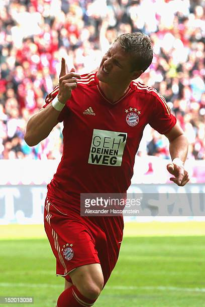 Bastian Schweinsteiger of Muenchen celebrates scoring the second team goal during the Bundesliga match between FC Bayern Muenchen and 1 FSV Mainz 05...