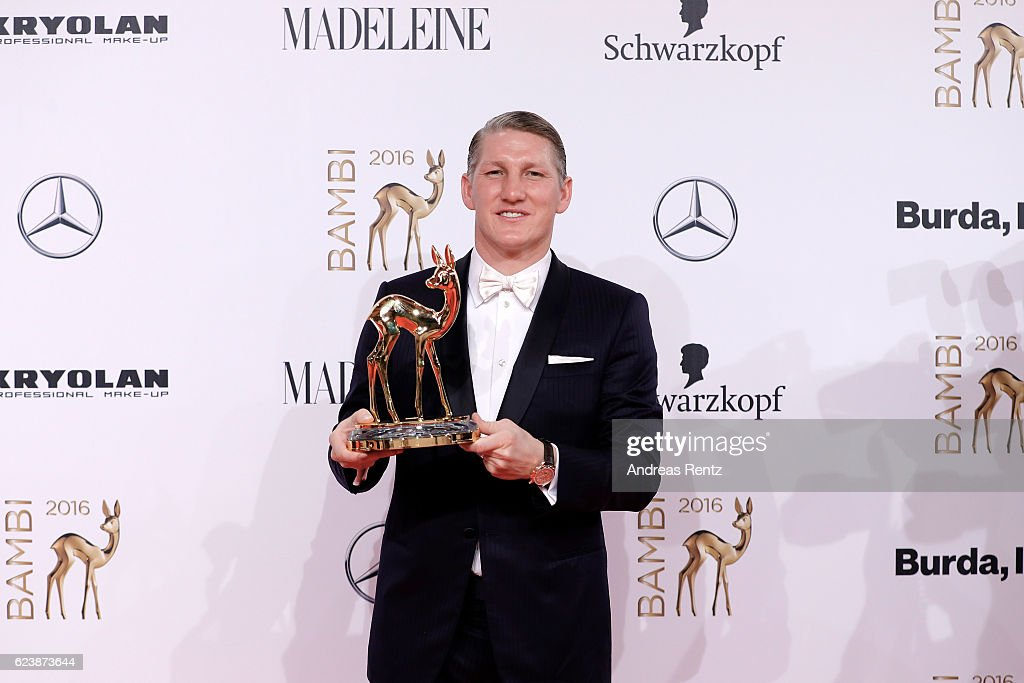 Bastian Schweinsteiger poses with award at the Bambi Awards 2016 winners board at Stage Theater on November 17, 2016 in Berlin, Germany.