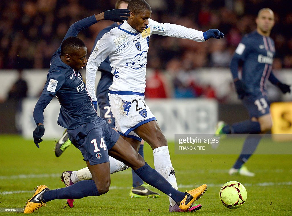 Bastia's French forward Anthony Modeste (C) vies with Paris Saint-Germain's French midfielder Blaise Matuidi during the French L1 football match Paris Saint-Germain (PSG) vs Bastia, on February 8, 2013 at the Parc des Princes stadium in Paris.