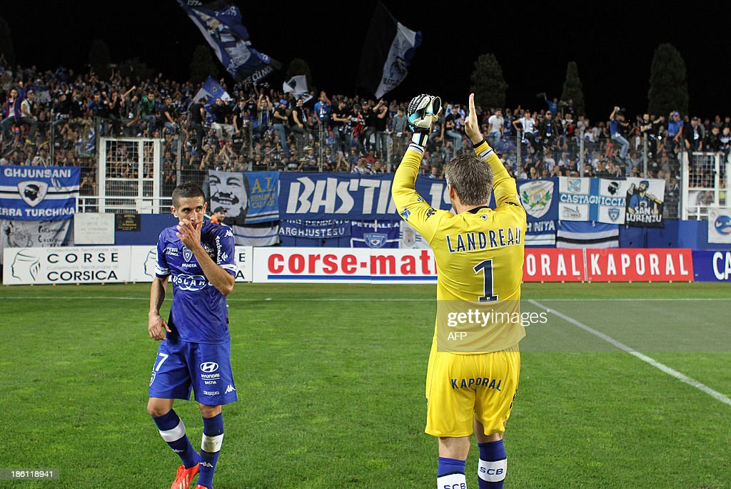 Bastia's French goalkeeper Mickael Landreau celebrates after Bastia won 1-0 in the French L1 football match Bastia (SCB) against Nice (OGC) in the Armand Cesari stadium in Bastia, Corsica, on October 26, 2013.