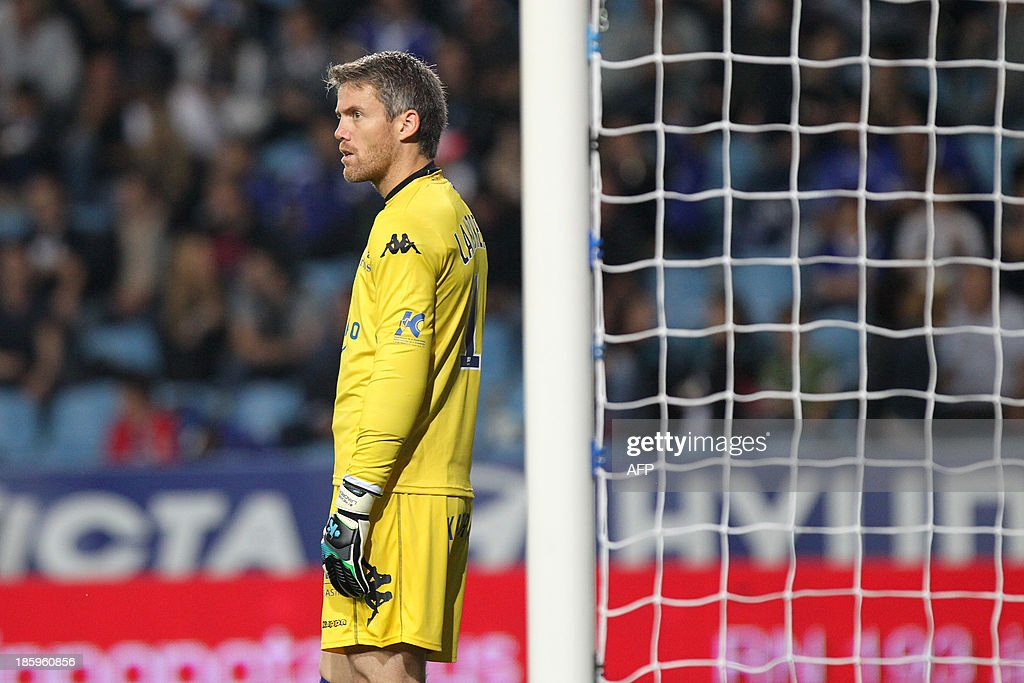 Bastia's French Goalkeeper Mickael Landreau stands during the French L1 football match Bastia (SCB) against Nice (OGC) in the Armand Cesari stadium in Bastia, Corsica, on October 26, 2013.