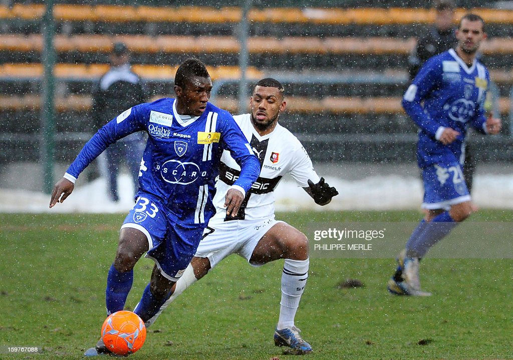 Bastia's French midfielder Abdoulaye Keita (L) vies for the ball with Rennes' French midfielder Yann M'vila (R) during the French L1 football match between Bastia and Rennes, on January 20, 2013, at the Jean Laville stadium in Gueugnon.