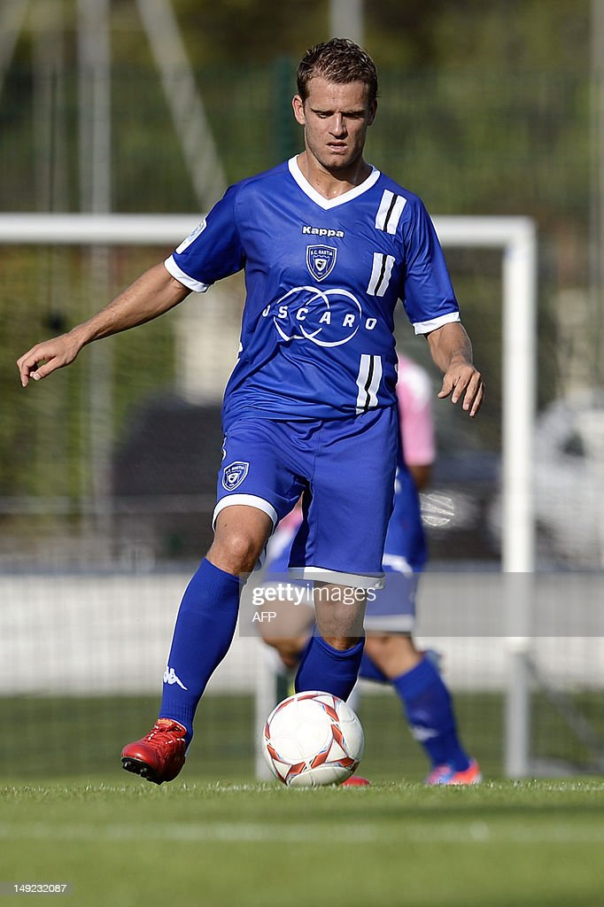 Bastia's French midfielder <a gi-track='captionPersonalityLinkClicked' href=/galleries/search?phrase=Jerome+Rothen&family=editorial&specificpeople=641568 ng-click='$event.stopPropagation()'>Jerome Rothen</a> controls the ball during the friendly football match Evian Thonon Gaillard vs Bastia on July 24, 2012, at the Salvator Mazzeo stadium in the French eastern city of Gaillard.