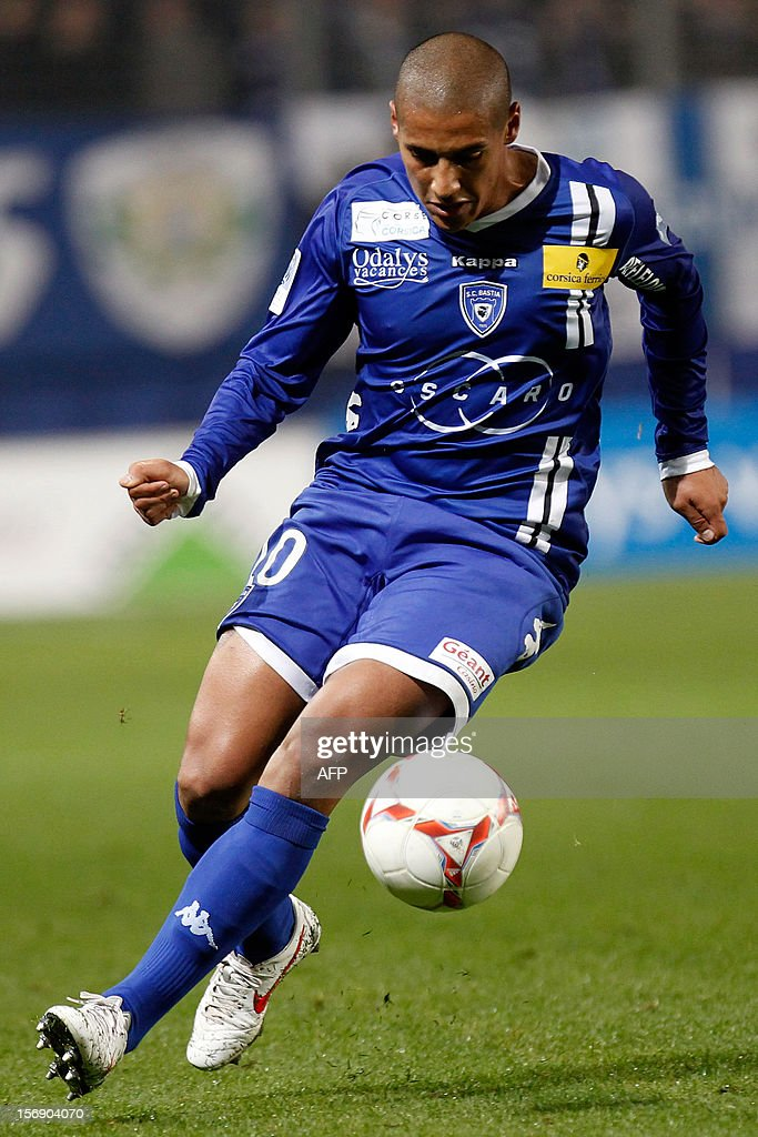 Bastia's French midfielder Wahbi Khazri controls the ball during the French L1 football match between Bastia (SCB) and Lorient (FCL) at the Armand Cesari stadium in Bastia, Corsica, on November 24, 2012.
