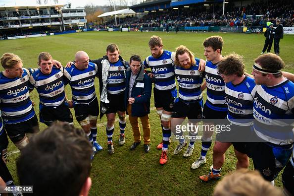 Bath coach Mike Ford speaks to his players after the European Rugby Champions Cup match between Bath Rugby and Glasgow Warriors at Recreation Ground...