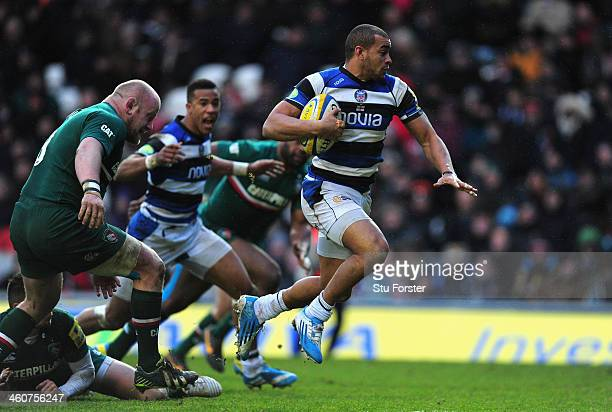 Bath player Jonathan Joseph races through to score the third Bath try during the Aviva Premiership match between Leicester Tigers and Bath at Welford...