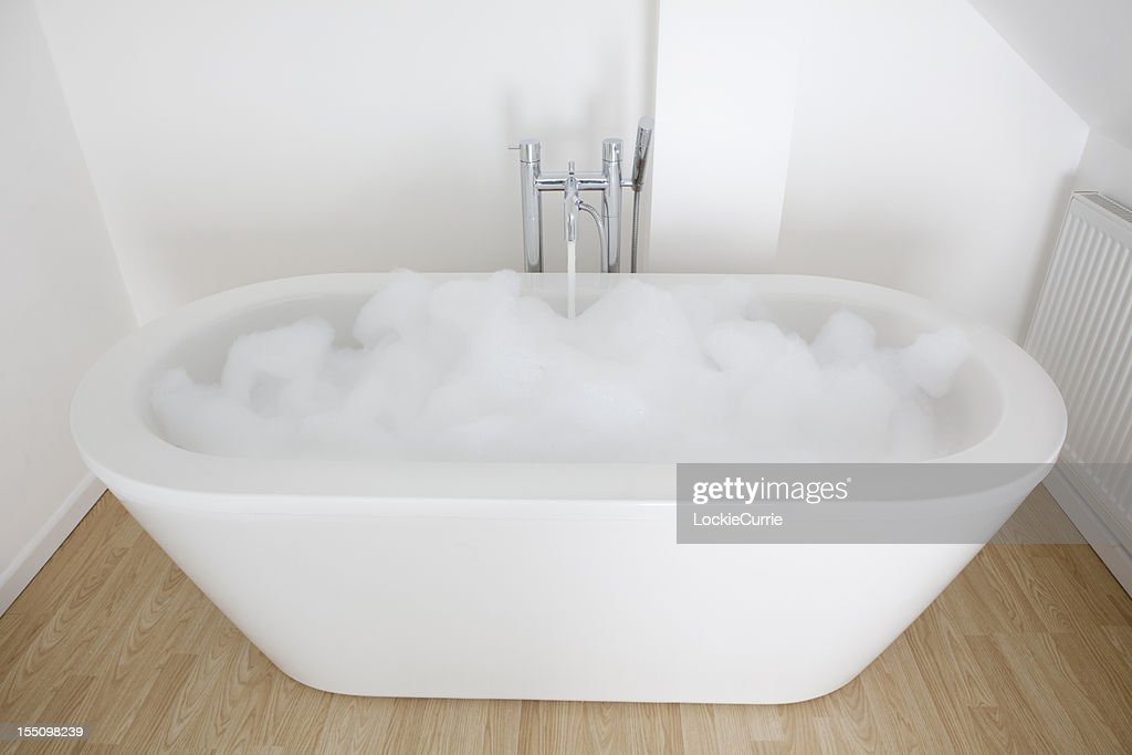 Vasca Da Bagno Freestanding Jazz Bs 827 Bianco : Vasca da bagno in marmo ricomposto design moderno e vasca da